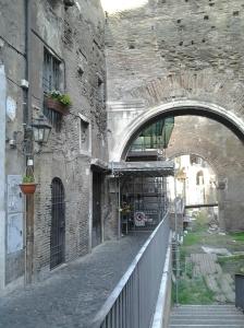 """Roma, nei pressi del """"ghetto ebraico"""""""