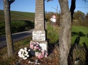 monumento ai caduti della battaglia di Costa Pelata